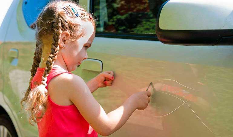rebenok carapaet avtomobil - Ответственность за вред, причиненный несовершеннолетним